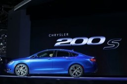 The Chrysler 200s ©AFP PHOTO/Geoff Robins
