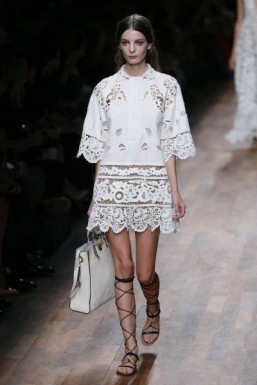 PFW: rich prints and broderie anglaise at Valentino