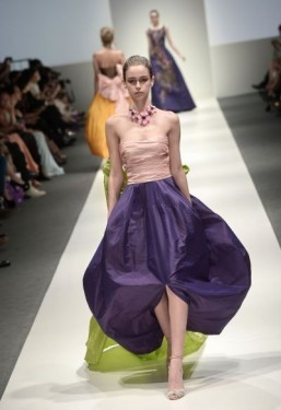 Oscar de la Renta holds a one-off show in Singapore