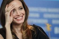 Angelina Jolie's 'Unbroken' will come out in December 2014