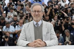 US director and 2013 Cannes jury president Steven Spielberg ©AFP PHOTO / ANNE-CHRISTINE POUJOULAT