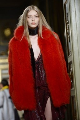 Red fur by Emilio Pucci - Fall-Winter 2015-2016 ready-to-wear collection ©FILIPPO MONTEFORTE / AFP