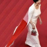 Cannes apologises over high-heel furore