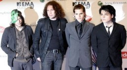 US alternative rock band My Chemical Romance splits