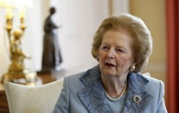Twitter index: former UK Prime Minister Thatcher dies