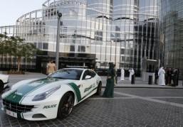 Dubai police show off Ferrari