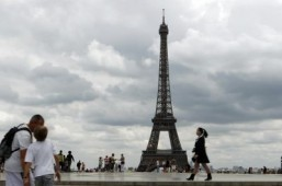 The Eiffel Tower is 125 years old March 31. ©AFP PHOTO / JOEL SAGET