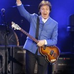 McCartney performs flash Times Square concert