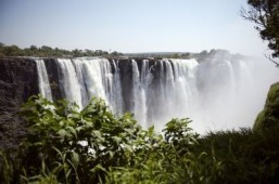 Zimbabwe mulls 'Garden of Eden' to boost local tourism