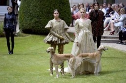 Paris fashion is 'royal affair'