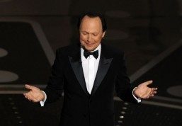 Billy Crystal to star in new US sitcom