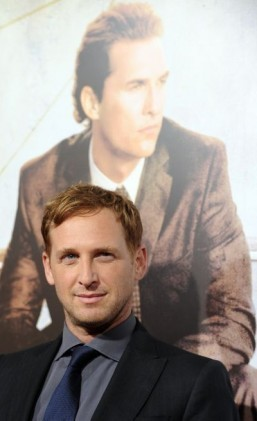 Josh Lucas is preparing to return to NBC in a crime dramedy pilot alongside Debra Missing. ©AFP PHOTO / GABRIEL BOUYS