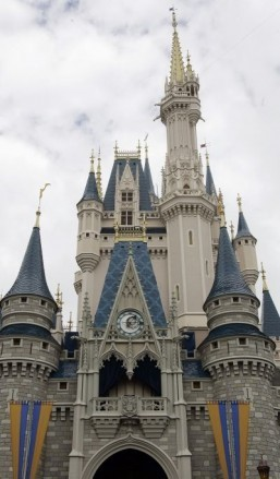 Top 25 theme parks worldwide in 2012