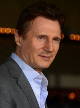 Liam Neeson to run from the mob in April 2015