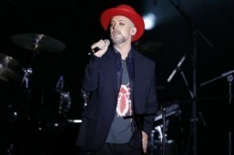 Culture Club scraps reunion due to Boy George throat