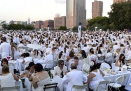 Dinner in White tradition sparkles again in New York