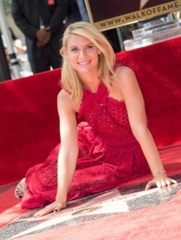 Claire Danes gets star on Hollywood 'Walk of Fame'