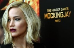 "Jennifer Lawrence was the best paid actress in 2015 thanks to her roles in the ""Hunger Games"" and ""X-Men"" sagas. ©AFP PHOTO / TIMOTHY A. CLARY"