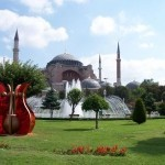 Istanbul bumps Paris to become top 2014 destination: TripAdvisor