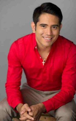 Gerald Anderson's foundation to train therapy dogs