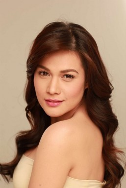 Bea Alonzo hospitalized after falling off sail boat
