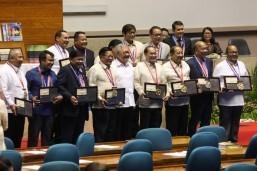Senators unanimous on need for Charter change, Drilon declares