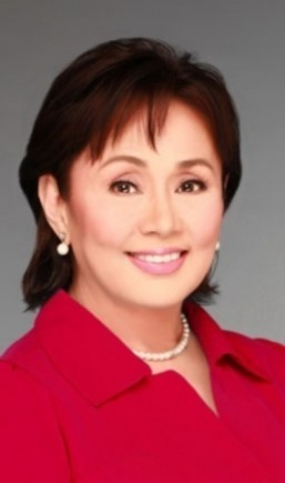 How much Vilma Santos earned for first acting role