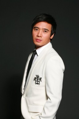 Erik Santos suffers from laryngitis after papal mass