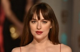 Dakota Johnson to star opposite Andrew Garfield in crime thriller