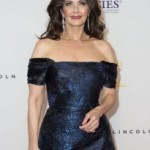 Lynda Carter accepts presidential role in 'Supergirl'
