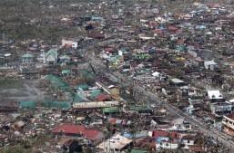 Super Typhoon kills 10,000 in one Philippine city: UN