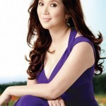 What made Kris decide to stay with ABS-CBN