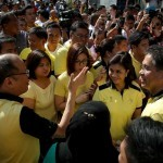 Roxas, Robredo file candidacies for president, VP