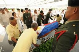 Marcos buried at Libingan ng mga Bayani in surprise rites