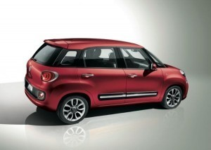 Fiat 500L first images released