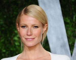 Gwyneth, Reese, Cameron and Beyonce in 'One Hit Wonders'