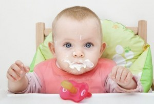 Solid 'finger food' may help babies avoid obesity: study