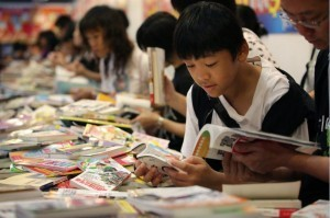Hong Kong Book Fair looks to break the million barrier