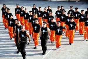 Cebu jailbirds perform 'Gangnam Style'