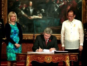PHL, Canada ink defense procurement deal