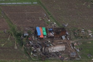 Aquino orders thorough study of Mindanao devastation