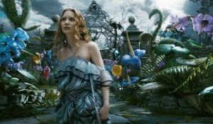 Alice headed back to Wonderland for upcoming sequel