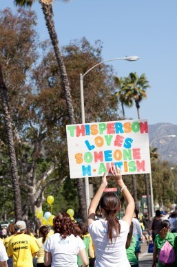 LA Autism Walk Hosts 40,000 Attendees and Raises Over $1.8M for Autism