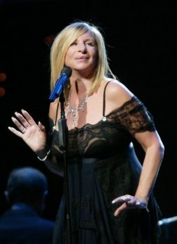 Barbra Streisand will perform at the 2013 Oscars
