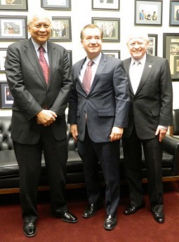 U.S. Congressional Leader Ed Royce to Visit PH on First Foreign Trip as Foreign Affairs Committee Chairman
