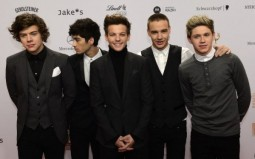 Teaser: a first look at One Direction doc '1D3D'