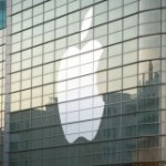 Apple developing a curved-glass smartwatch: reports