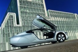 VW to reveal the world's first car capable of travelling 100km on less than a liter of fuel