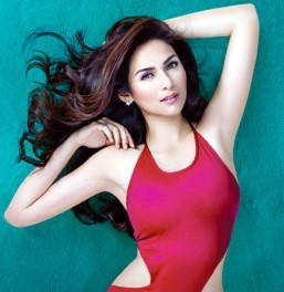Jennylyn spreads joy and love