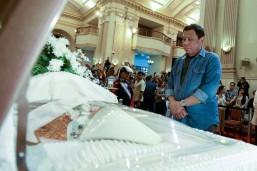 Duterte pays last respects to Cardinal Vidal
